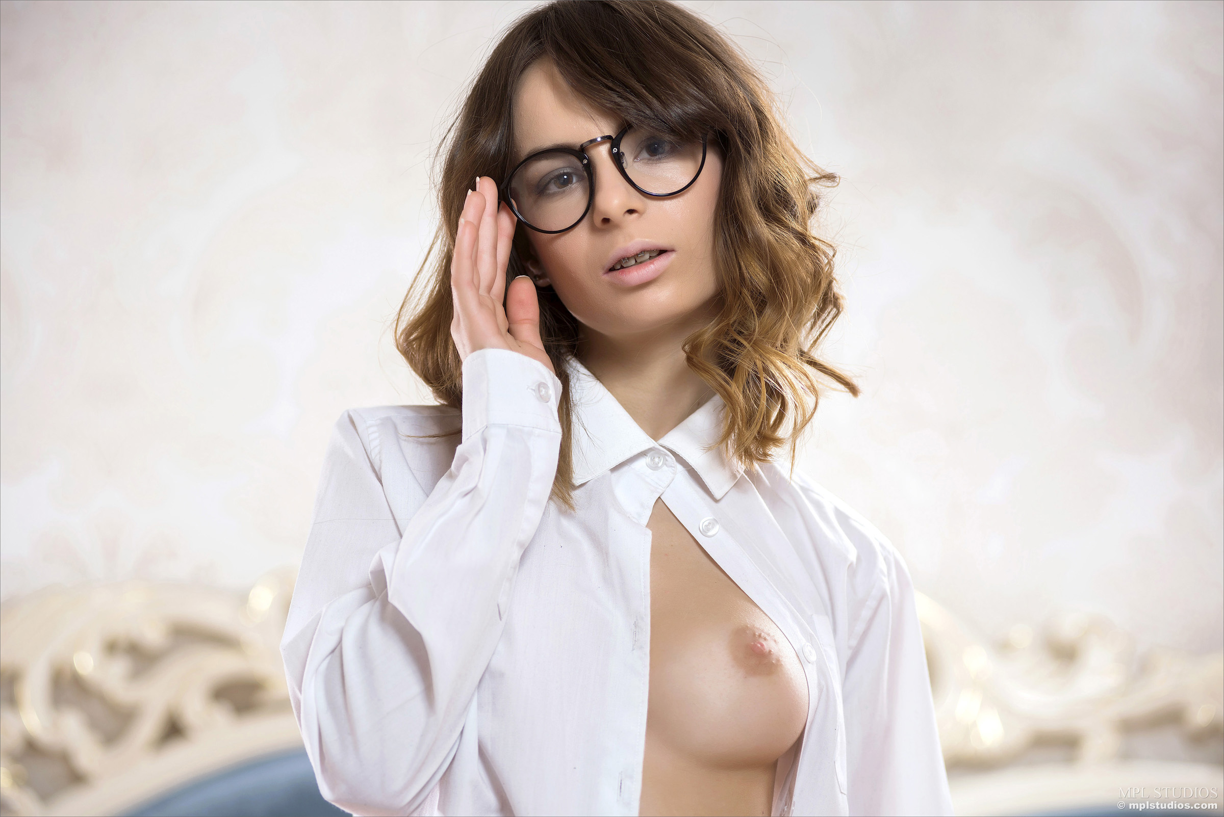 Sophie - Lonely_Office_Girl by MPLStudios